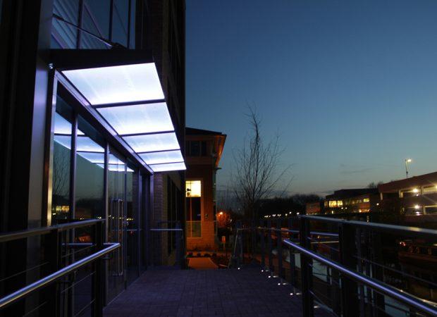 97 Highbridge road, Uxbridge   Exterior lighting   The Light Lab