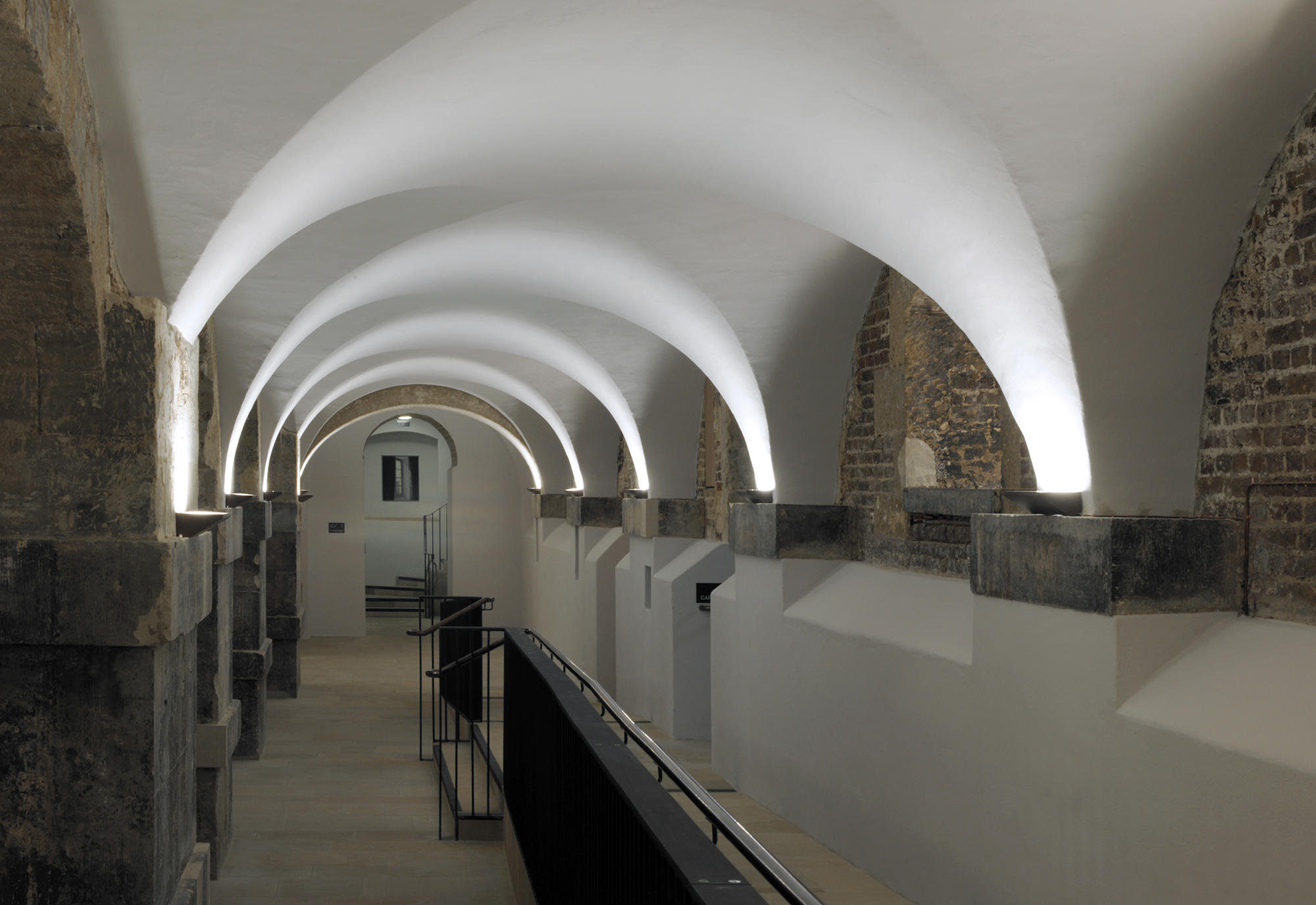 Dow Jones Christchurch Spitalfields Crypt DG 49