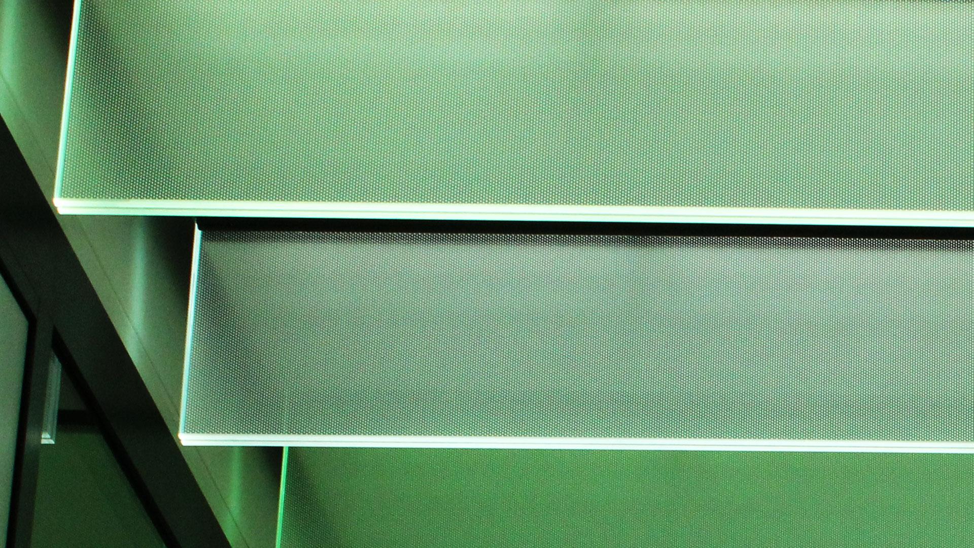 Bespoke glass fin SPI controlled ceiling light feature | Bespoke lighting design | The Light Lab