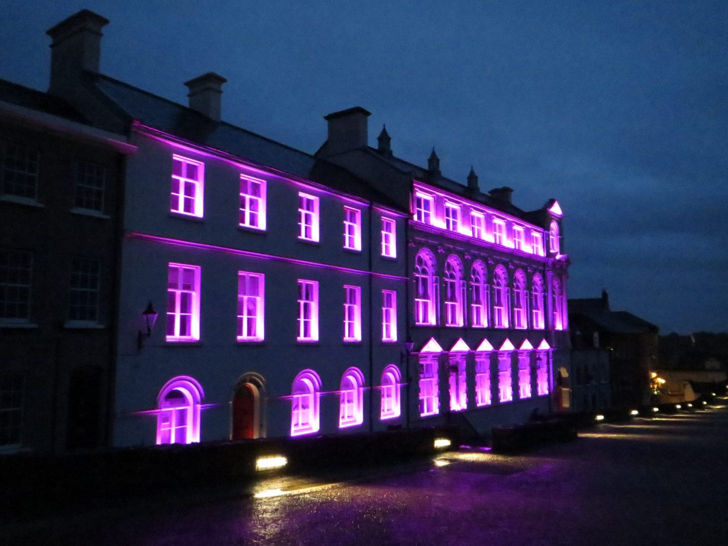 Derry Playhouse | Exterior lighting | The Light Lab