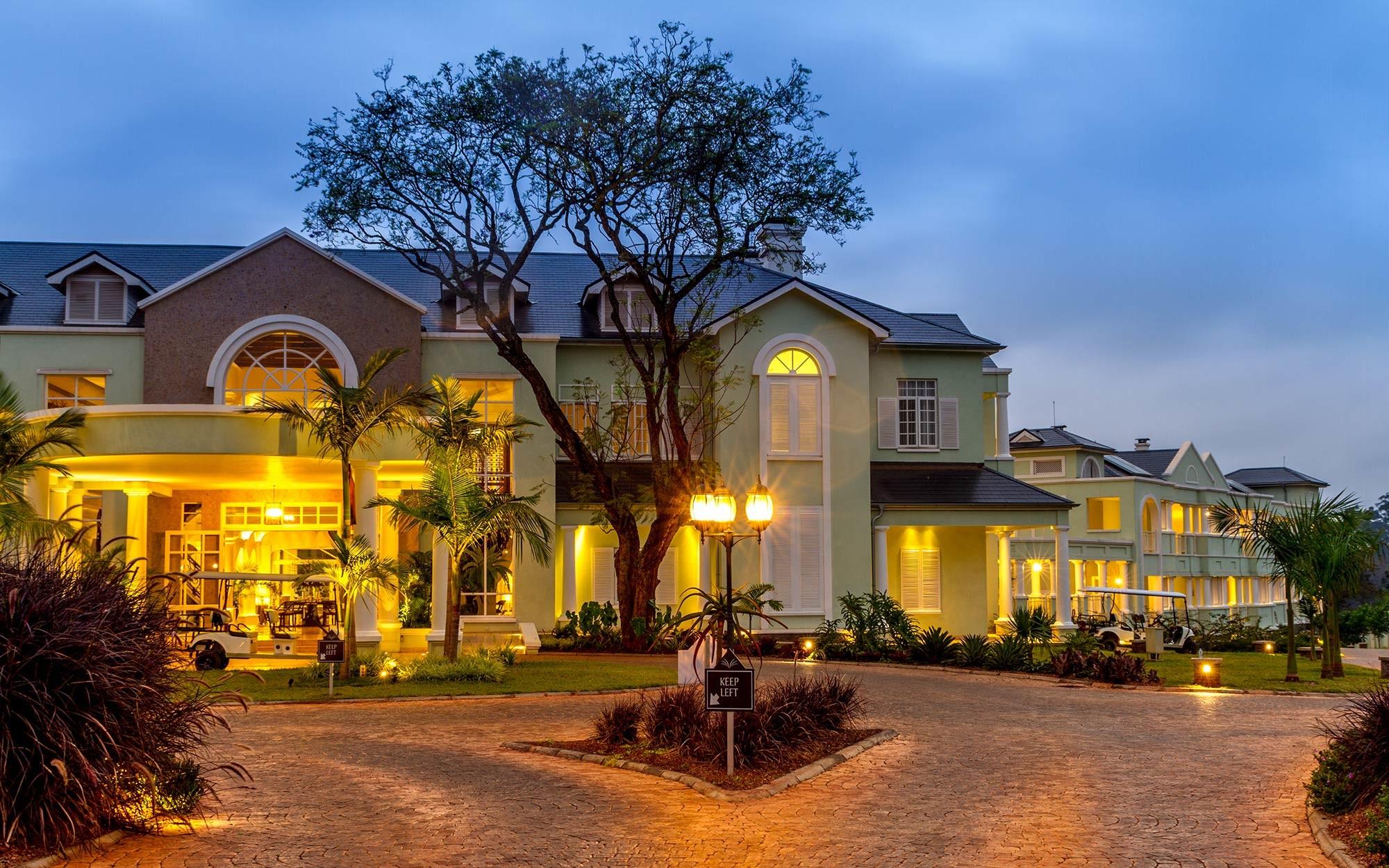 Hemingways Nairobi, Kenya   Bespoke hotel lighting   The Light Lab