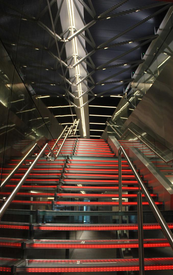lighting installations aon london lightlab 3