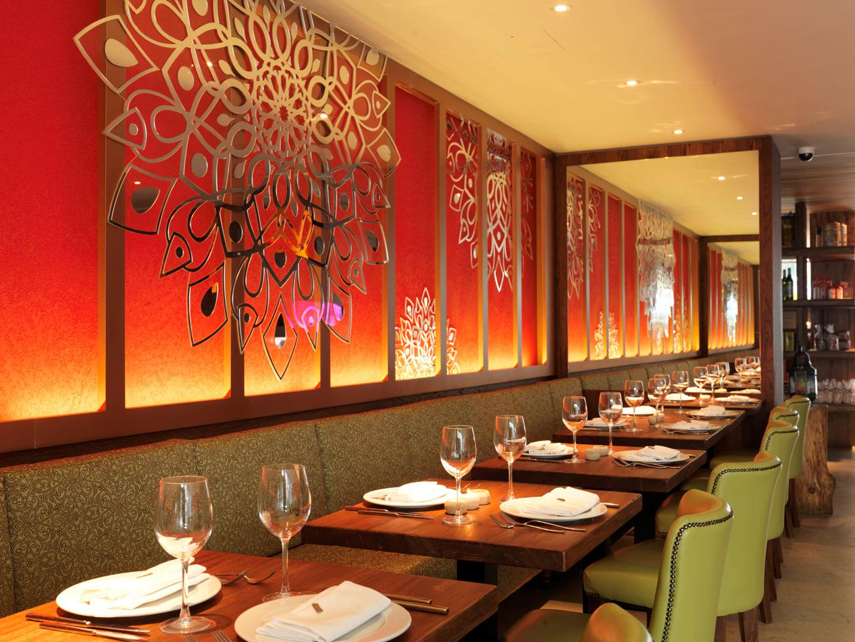 Del aziz clapham bespoke lighting manufacture the for Interior design lighting specialist