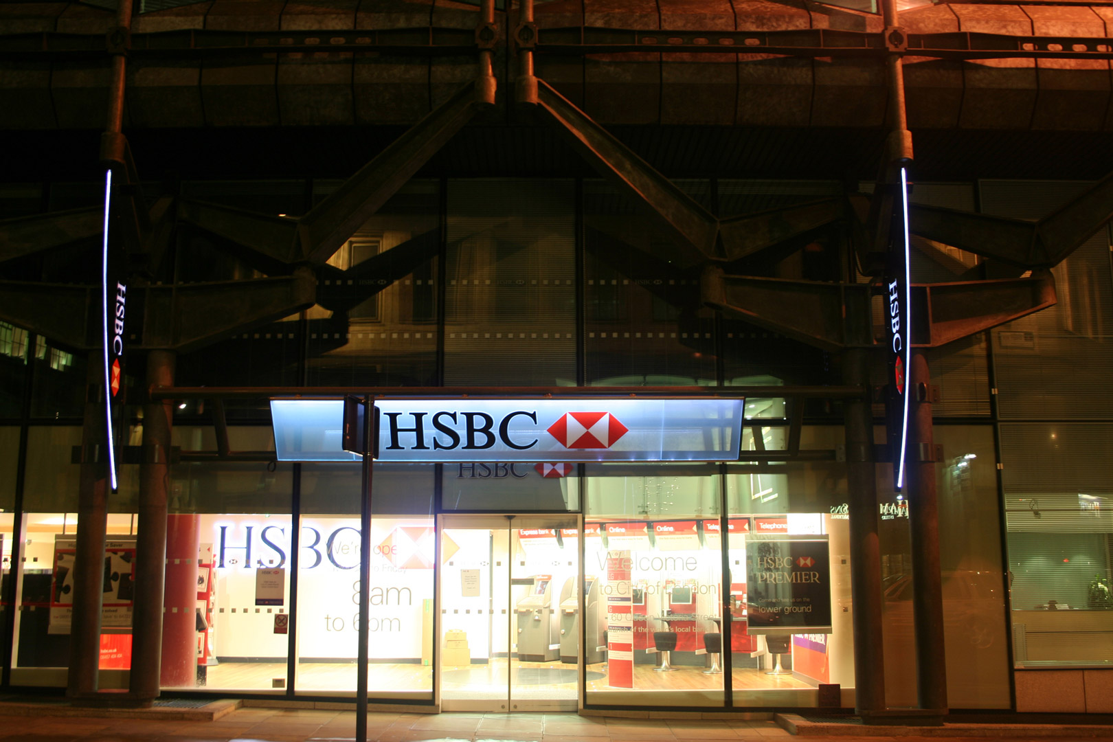 Lighting Installations | HSBC, UK | Light Lab